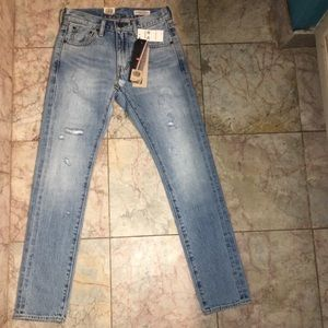 Size 24 high rise Levi's